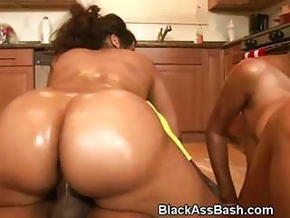 Oiled Up S