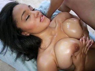 Titty Attack Ebony Chick Julie Kay Hardcore Sex Video